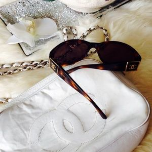 CHANEL Sunglasses ❤️